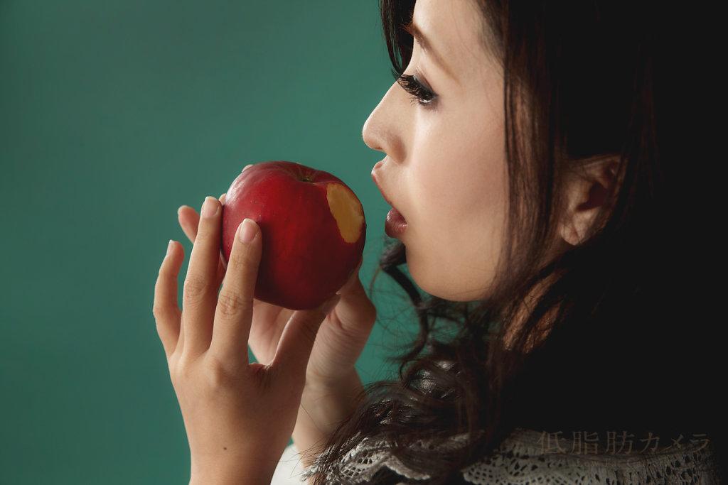 vol.028 Apple Poison